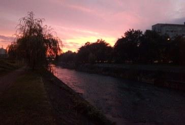Imaginea zilei: Apus de septembrie în Baia Mare