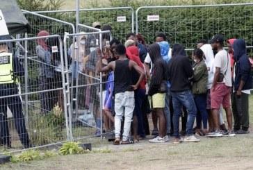 Polonia: Poliţia de frontieră avertizează că 10.000 de migranţi aflaţi în Belarus vor încerca să ajungă în UE