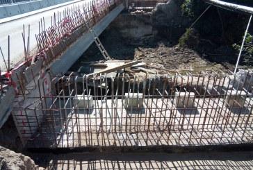 Drumul Nordului: Se lucrează la reconstrucția podului din centrul localității Fărcașa (FOTO)