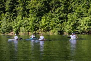 PASIUNE ȘI DEVOTAMENT – Tinerii sunt așteptați la Clubul Nautic Simared pentru a desluși tainele kayak-ului
