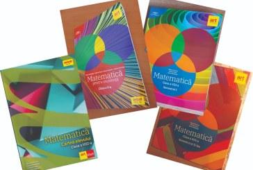 Ministerul Educației a avizat patru auxiliare școlare de matematică realizate de o profesoară din Baia Mare