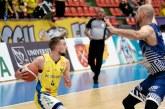 BASCHET – Maramureșeanul Lucas Tohătan aduce prima victorie pentru BC CSU Sibiu